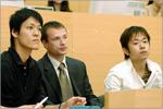 Два японских студента будут осваивать учебные курсы физического факультета ОГУ. Открыть в новом окне [54,4 Kb]