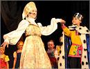 На сцене— театр моды 'Кристалл'. Открыть в новом окне [77 Kb]