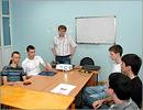 Борис Вольфсон со студентами математического факультета ОГУ. Открыть в новом окне [79 Kb]