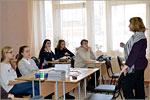 Открытый урок в студии 'Рисунок, живопись, дизайн' читает ПутинцеваТ.А. Открыть в новом окне [124Kb]