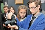 Занятия в фотостудии проводит педагог дополнительного образования РоговД.А. Открыть в новом окне [125Kb]