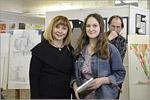 В номинации «Рисунок» награждает Наталья Бровко, зам. главного архитектора города Оренбурга