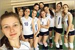 Сборная команда девушек по волейболу. Открыть в новом окне [169 Kb]
