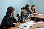 Занятие на курсах по подготовке к ЕГЭ по русскому языку для молодых мам
