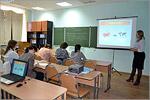 Занятие на курсах по подготовке к ЕГЭ по обществознанию для молодых мам