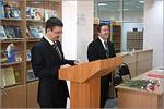 Проректор Виктор Быковский и директор ЦИТ Юрий Кудинов. Открыть в новом окне [71Kb]