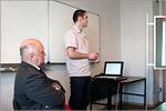 Н.Ю. Кручинин делает доклад на научном семинаре проф. А.М. Салецкого. Открыть в новом окне [58Kb]