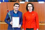 Сотрудник ЦЛИБФ Виктор Налбандян и ректор ОГУ Жанна Ермакова