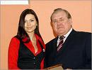Александра Кондаурова и мэр Оренбурга Юрий Мищеряков. Открыть в новом окне [42 Kb]