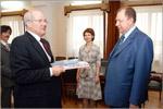 Йосси Тавора на встрече с ректором. Открыть в новом окне [73 Kb]