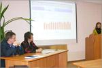 Татьяна Евдокимова (справа), нач. управления делами. Открыть в новом окне [44Kb]