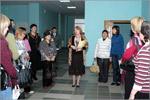 Обзорную экскурсию по библиотеке проводит директор Н.Заварыкина. Открыть в новом окне [92Kb]