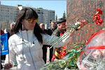 Цветы — Гагарину. Открыть в новом окне [78 Kb]