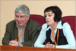 Кирилл Разлогов и Елена Чижова. Открыть в новом окне [75 Kb]