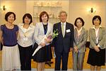 Л.Докашенко с сотрудниками Японо-российского центра молодежных обменов. Открыть в новом окне [78 Kb]