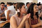 Церемония вручения дипломов на факультете экономики и управления ОГУ. Открыть в новом окне [76 Kb]