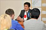 Беседа Мотоюки Исидзе со студентами. Открыть в новом окне [55Kb]