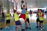 Соревнования по баскетболу. Открыть в новом окне [74Kb]