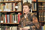 Ирина Шевченко, завотделом редких и ценных книг. Открыть в новом окне [81 Kb]