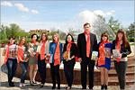 Волонтеры ФЭФ с заместителем декана С.В.Семёновым. Открыть в новом окне [85Kb]