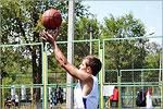 Соревнования по уличному баскетболу. Открыть в новом окне [86 Kb]