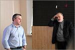 Олег Рукавицын и декан ФЖ Павел Рыков. Открыть в новом окне [57 Kb]