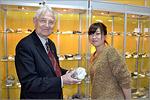 Гости из Японии в геологическом музее ОГУ. Открыть в новом окне [89 Kb]