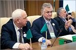Учредительный съезд РАС. Слева — Владимир Афанасьев. Открыть в новом окне [72 Kb]