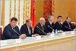 Встреча губернатора с лауреатами персональных премий и стипендий для молодых ученых. Открыть в новом окне [100 Kb]
