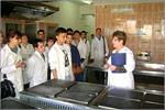 Экскурсия студентов в ООО'Комбинат школьного питания 'Подросток'. Открыть в новом окне [79 Kb]