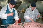 Мастер-класс на мясоперерабатывающем предприятии 'Мясная душа'. Открыть в новом окне [81 Kb]