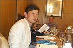 Александр Михайлов — в перерывах между заседаниями. Открыть в новом окне [68 Kb]