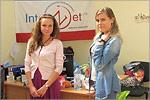 Юлия Степанова (справа) на практике в Санкт-Петербурге. Открыть в новом окне [55 Kb]