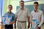 Валерий Великороднов с выпускниками ОГУ. Открыть в новом окне [75 Kb]