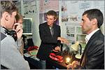 Студенты ТФ ОГУ А.Рузанов и Г.Эрленбуш. Открыть в новом окне [78 Kb]