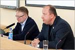 Виталий Аверьянов и Олег Розанов. Открыть в новом окне [112 Kb]