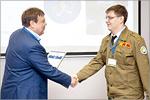 Геннадий Сахаров, директор по капитальным вложениям Госкорпорации 'Росатом' и Дмитрий Пчелинцев. Открыть в новом окне [126Kb]
