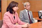 Директор Японского информационного центра ОГУ Людмила Докашенко и Такаюки Эбата
