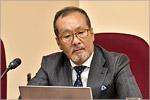 Lecturer Hiroyuki Kurati