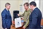 Эдуард Ясаков, Харолд Бриндли, Олег Крикотов