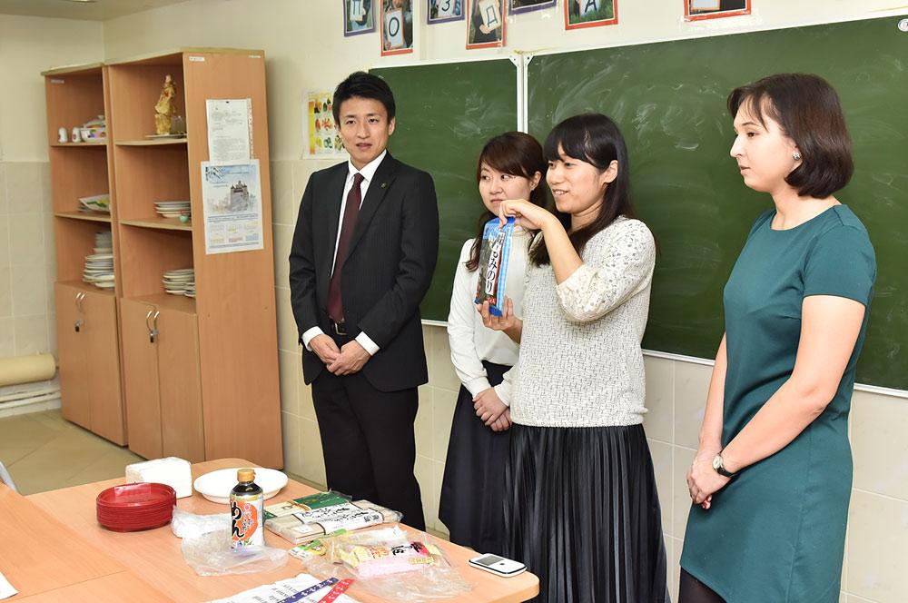 Медицинский осмотр японских девушек фото 462-923
