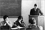 С докладом на секции научного коммунизма выступает В. Ковалевский, студент гр. 67ТМ-2